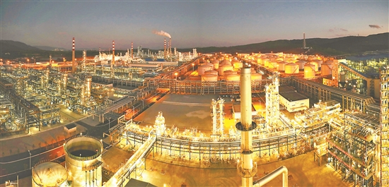 中石油云南石化单月产销破百万吨