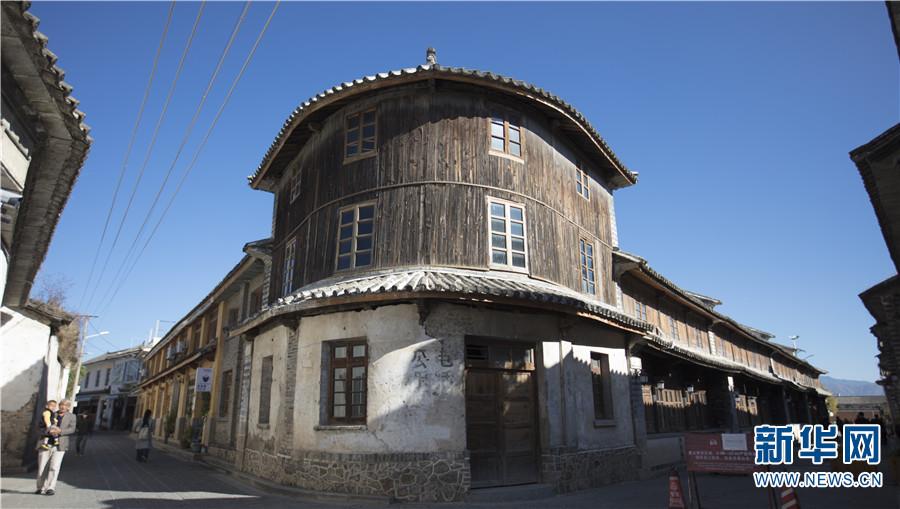 喜洲古镇转角楼(12月14日摄)。新华网 丁凝 摄